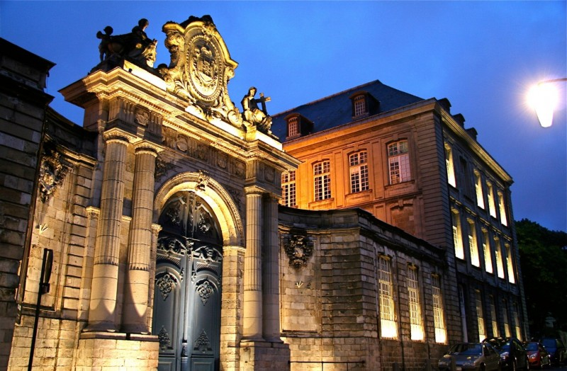 abbaye-saint-vaast-cituation-ensemble-libre-de-droit-03-bd-595